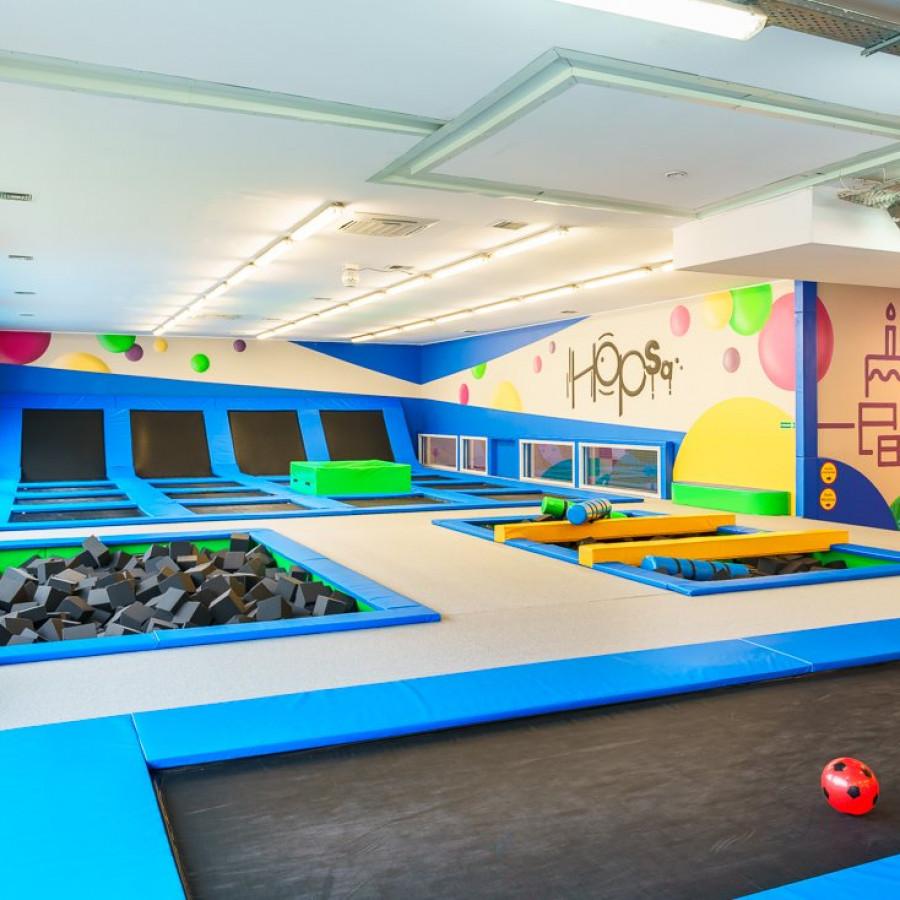 /thumbs/fit-900x900/2019-03::1553794210-centrum-zabaw-i-trampolin-hopsa-3.jpg