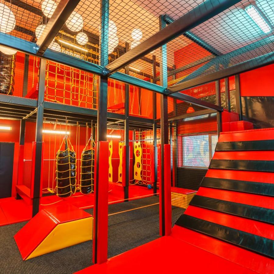 /thumbs/fit-900x900/2019-03::1553794211-centrum-zabaw-i-trampolin-hopsa-7.jpg